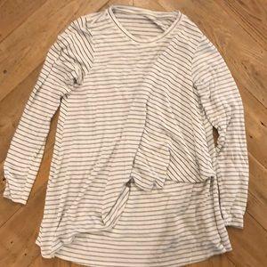 A Pea In The Pod Long Sleeve light Nursing sweater
